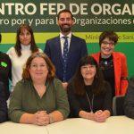 Junta directiva del foro en el tercer encuentro